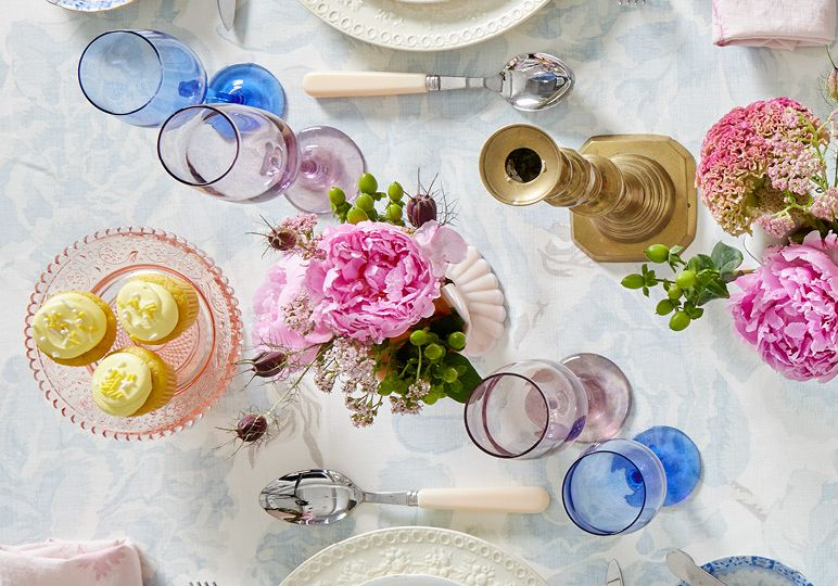 Social Movement-Vintage Floral Blog Directory Image